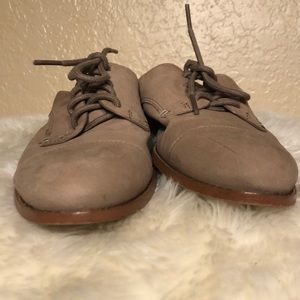 1. State Shoes - 1.STATE PREOWNED TAUPE MULES SIZE  7 1/2
